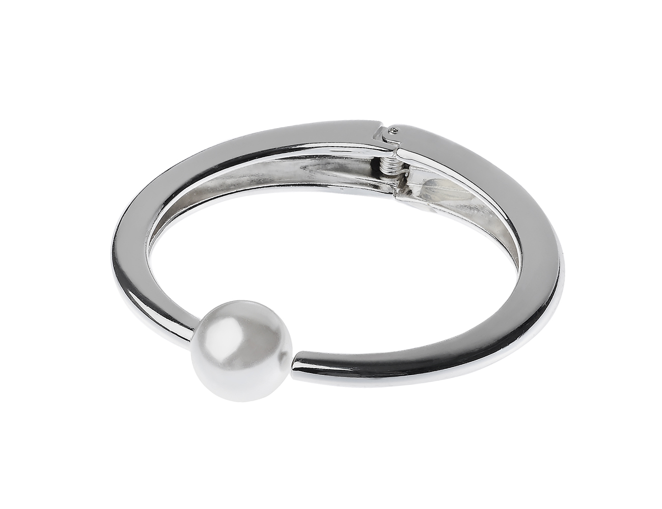 Shinny Silver With Pearl Center Cuff